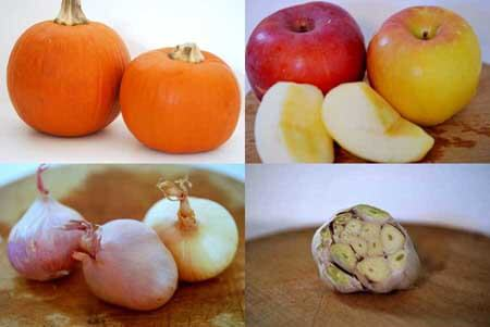 Clean Eating Roasted Garlic Pumpkin Soup Recipe