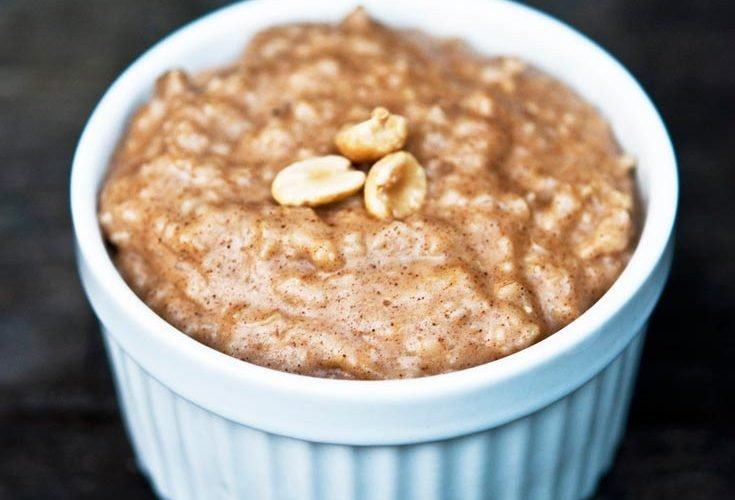 Clean Eating Peanut Butter Oatmeal