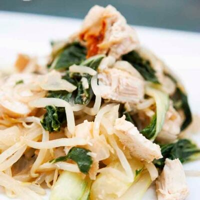 A healthy helping of this Chicken Bok Choy Recipe makes a great meal for chicken night! Here you can see all the bok choy mixed with the chunks of chicken and strands of bean sprouts.
