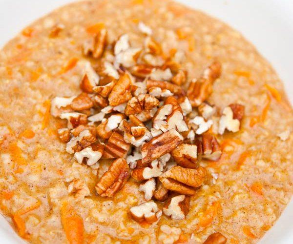 Clean Eating Carrot Cake Oatmeal Recipe