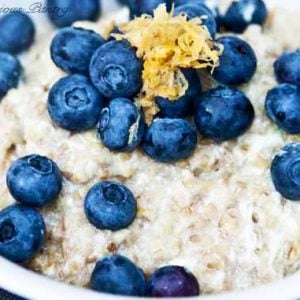 Clean Eating Lemon Blueberry Oatmeal Recipe