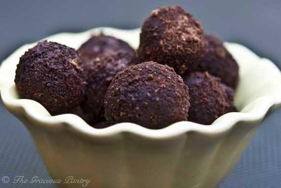 Clean Eating Jum Jills (Energy Balls)