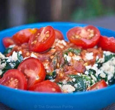 Clean Eating Garlicky Spinach, Tomato And Egg Scramble Recipe