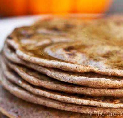 Clean Eating Pumpkin Spice Pancakes Recipe