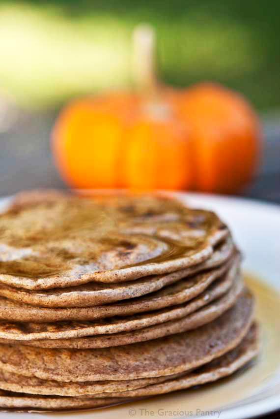 Clean Eating Pumpkin Spice Pancakes Recipe | TheGracioiusPantry.com
