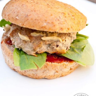 Clean Eating Baked Turkey Burgers Recipe