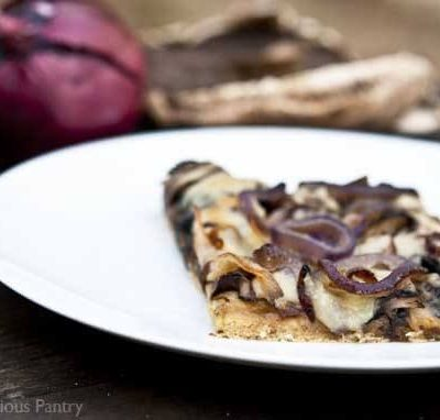 Clean Eating Portobello Mushroom Pizza with Caramelized Onions