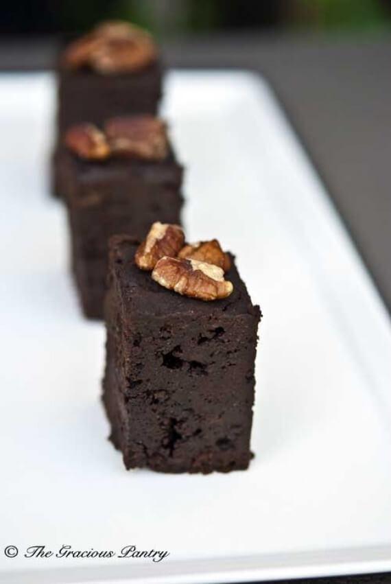Clean Eating Slow Cooker Brownies