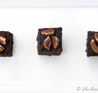 Clean Eating Slow Cooker Brownies Recipe