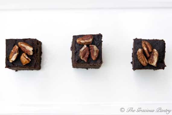Clean Eating Slow Cooker Brownies Recipe