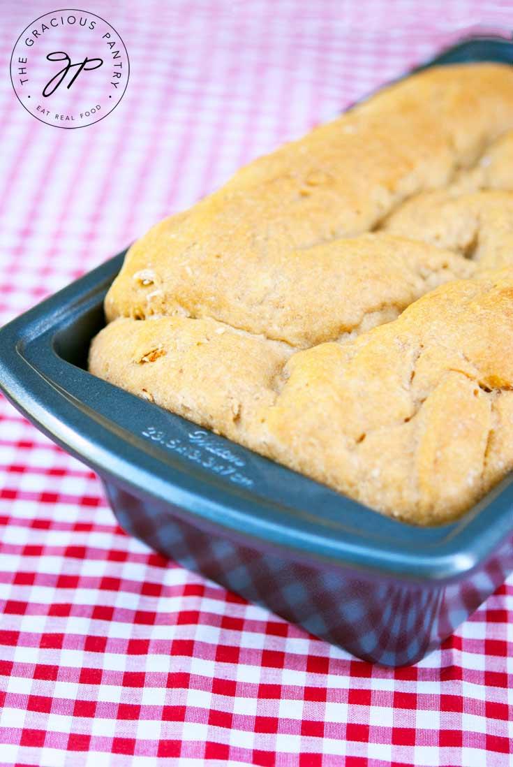 Clean Eating Housewarming Bread (Sandwich Bread)