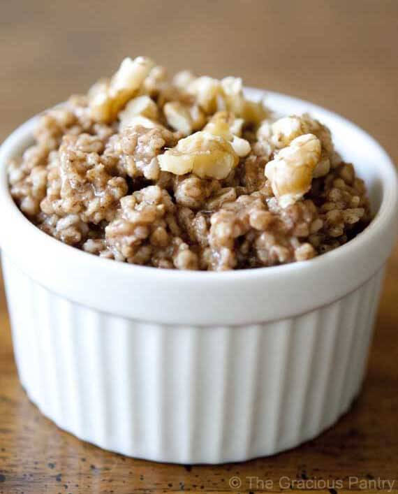 Clean Eating Gingerbread Oatmeal Recipe