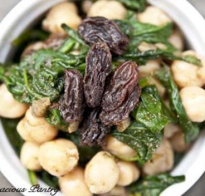 Clean Eating Spinach & Chickpeas