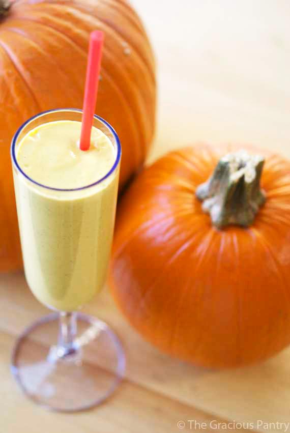 Clean Eating Pumpkin Pie Oatmeal Smoothie Recipe