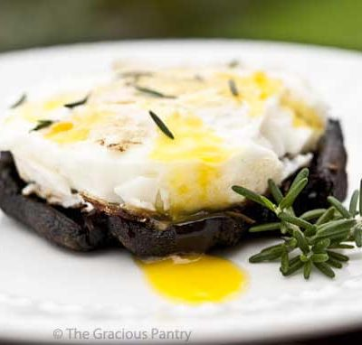 Baked Eggs On Balsamic Portobello Mushrooms