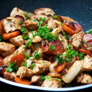 Clean Eating Wok-Style Garlic Chicken & Carrots Recipe