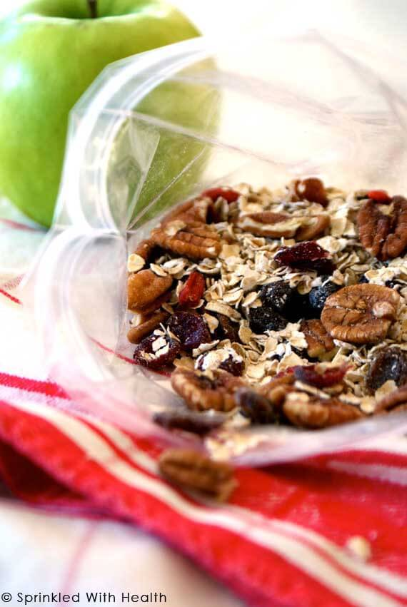 10 Clean Eating On-The-Go Breakfast Recipes - Quick Muesli