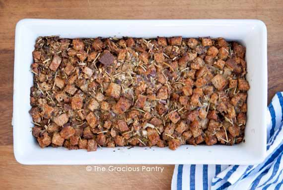 Clean Eating Thanksgiving Crouton Stuffing Recipe Served