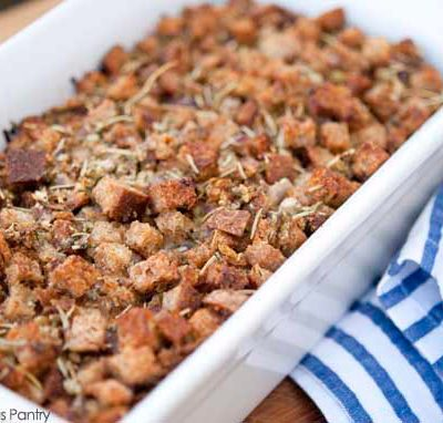 Homemade Stuffing Recipe (Crouton Stuffing)