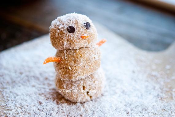 Clean Eating Energy Ball Snowmen Recipe