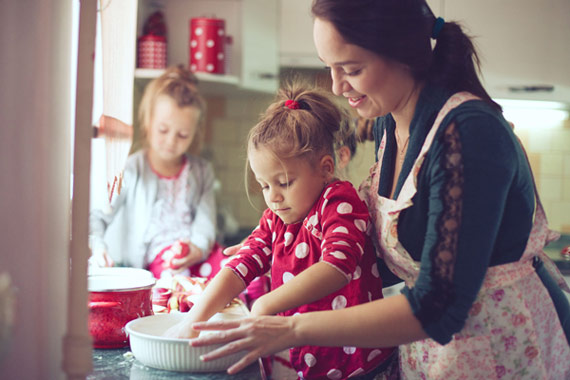 Why Kids Should Be Your Helpers In The Kitchen