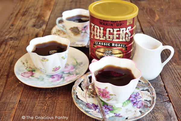 Oma's Clean Eating Holiday Spiced Coffee Recipe In Cups