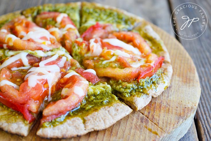 Clean Eating Pesto Tomato Pita Pizza Recipe