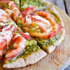 Clean Eating Pesto Tomato Pita Pizza Recipe