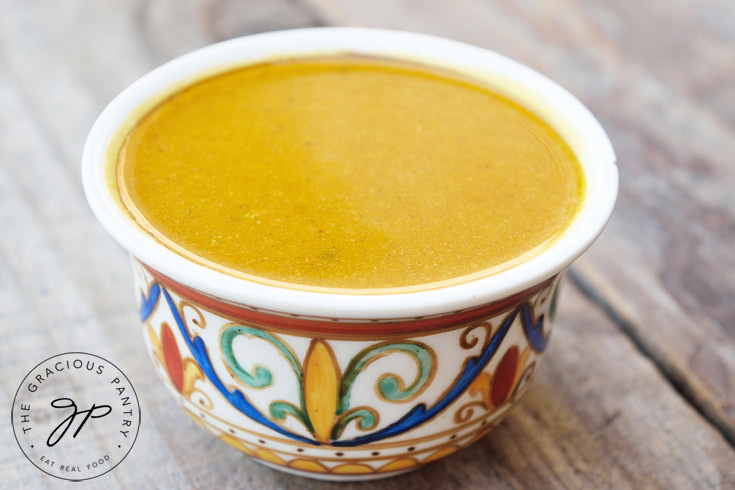 Clean Eating Quick & Easy Pumpkin Soup Recipe For Dinner