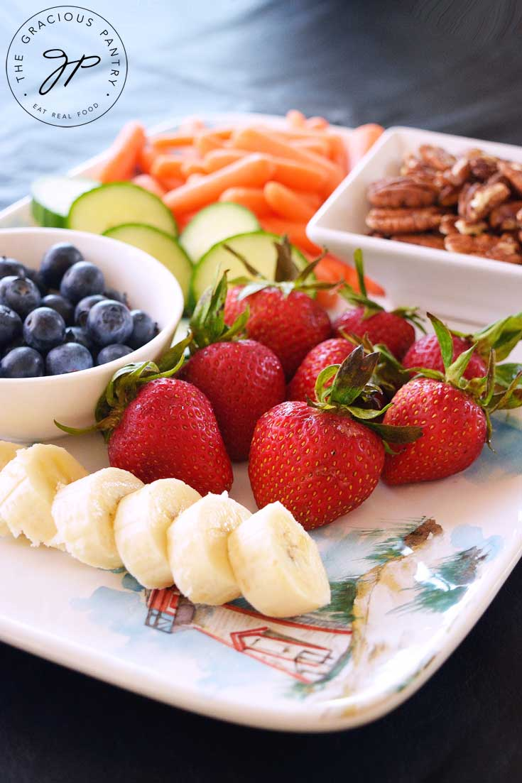 Clean Eating Daily Snack Tray