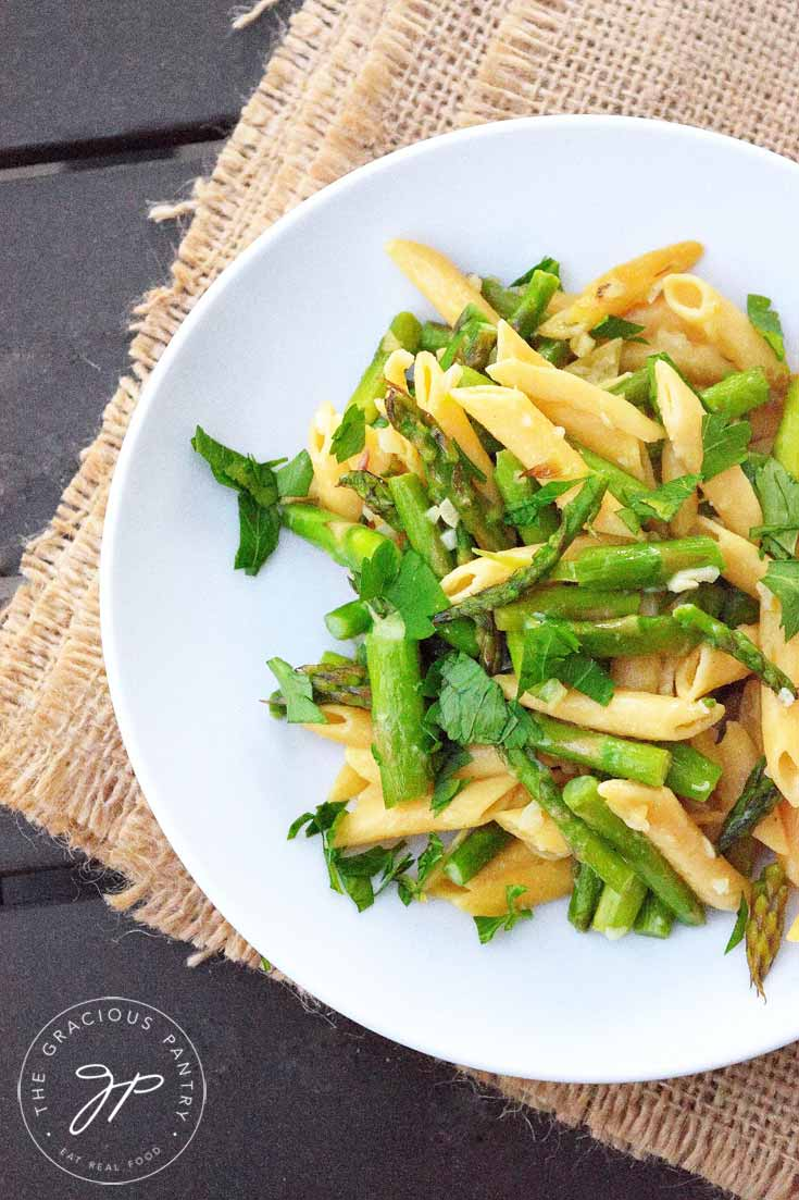 Clean Eating Garlic Asparagus Penne Pasta Recipe