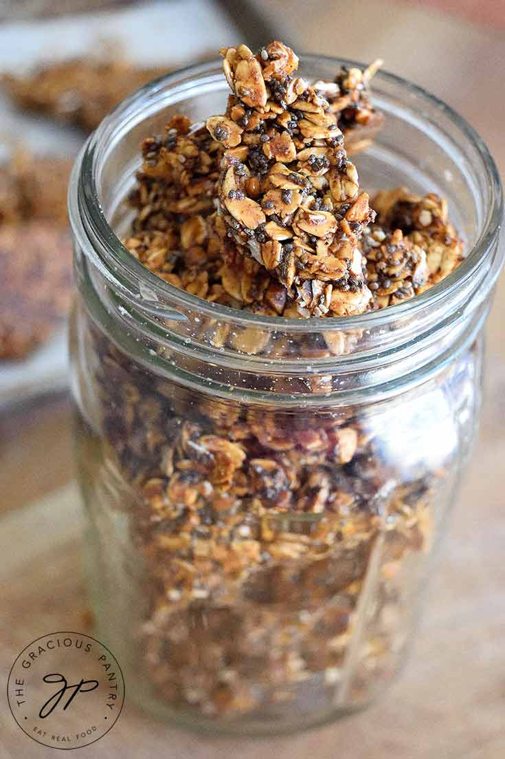 Pumpkin Spice Granola Bark Recipe