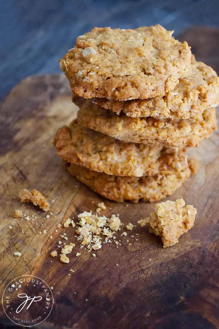 Peanut Butter Oatmeal Cookies Recipe (+ Video)